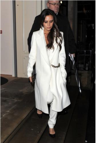 Victoria Beckham abrigo